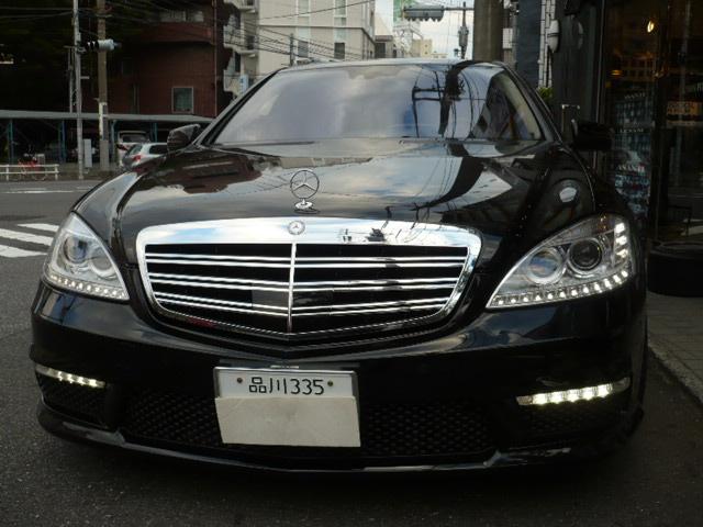 W212 LEDライト装備車、W221 後期 ノーマル車/AMG車、W204 LEDライト装備車。。。 現在、W204/W212 フォグ付き車の方は LEDライトに